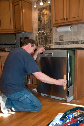 Dishwasher install in Aldrich MO by Handy Manners handyman.